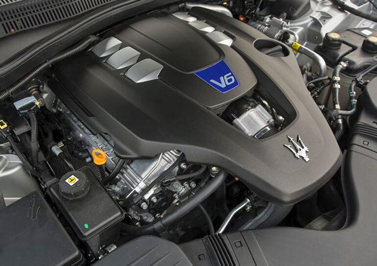 Ưu nhược điểm về động cơ, trang bị trên Maserati Ghibli 2019