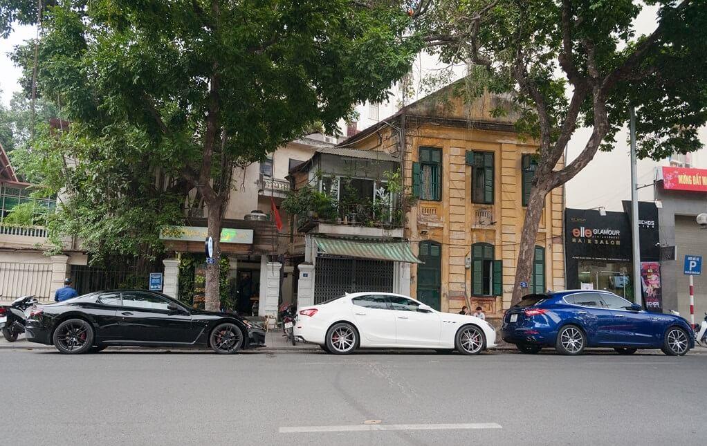 Choáng ngợp với bộ ba nhà Maserati trên phố Hà Nội