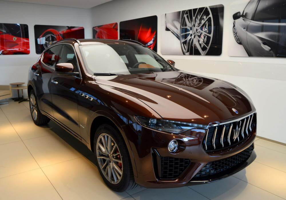 """Xuất hiện Maserati Levante phiên bản màu """"hiếm"""" gây sốt"""