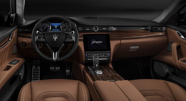 Maserati Quattroporte - Quân bài chủ lực của Maserati tại Việt Nam
