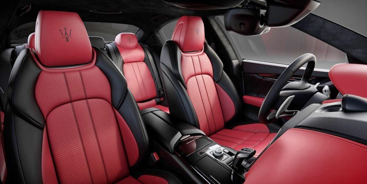 Mẫu sedan khủng Maserati Ghibli Ribelle 2019 sở hữu những gì