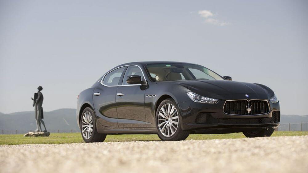 Vì sao Maserati luôn là cái tên bất bại trong phân khúc hạng sang?