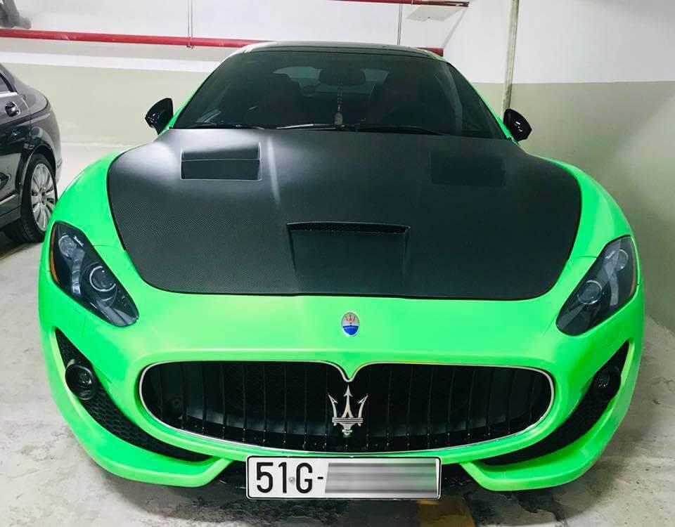 Maserati GranTurismo hút mắt với màu áo xanh dạ quang mới