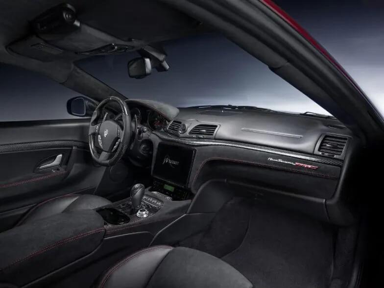 Maserati GranTurismo hoàn hảo hơn với chi tiết Sharknose
