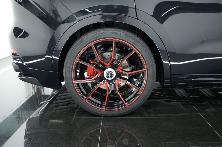 Maserati Levante đồ sộ hơn khi qua tay Startech