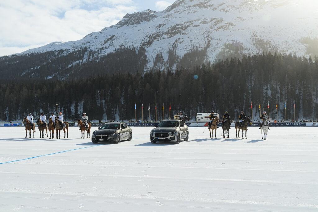 Bộ ba Maserati và Royale cực hiếm giá từ 103.000 USD