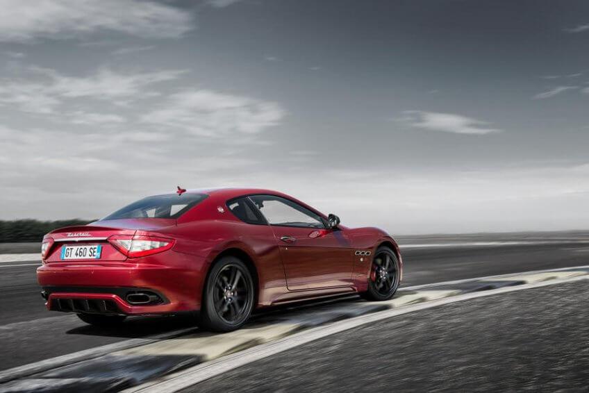 Maserati GranTurismo được nâng cấp, Ghibli GranLusso có công nghệ tự lái