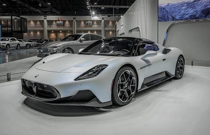 Các chi tiết thú vị của Maserati MC20 khi xuất hiện tại triển lãm Thái Lan