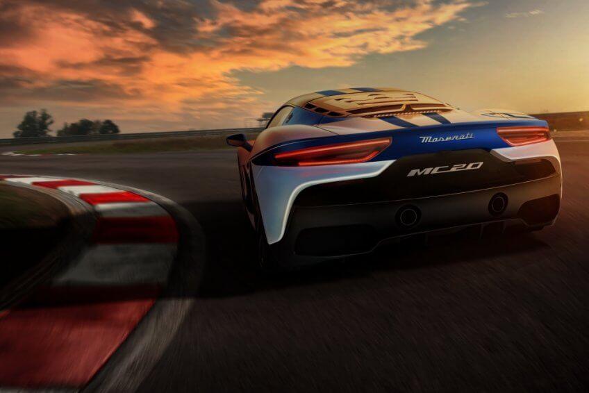 Chi hàng nghìn USD để được lái thử Maserati 2021
